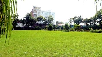 GEMS Lawns