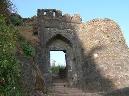 Sinhagad Fort, hotels near Sinhagad Fort, information on Singhagad Fort, Pune