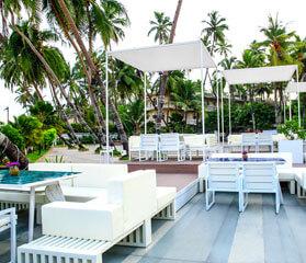 Romantic beach restaurants in Juhu, Best Sea view Restaurants in Mumbai, Beach side bars in Juhu