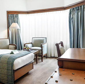 best hotel deals in Juhu Mumbai, room offers in Juhu, Mumbai, happy hours in Juhu, package deals hotel in Juhu, Mumbai
