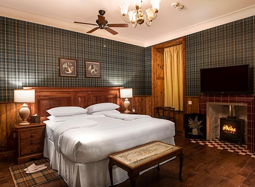 Deluxe Country Lodge Rooms