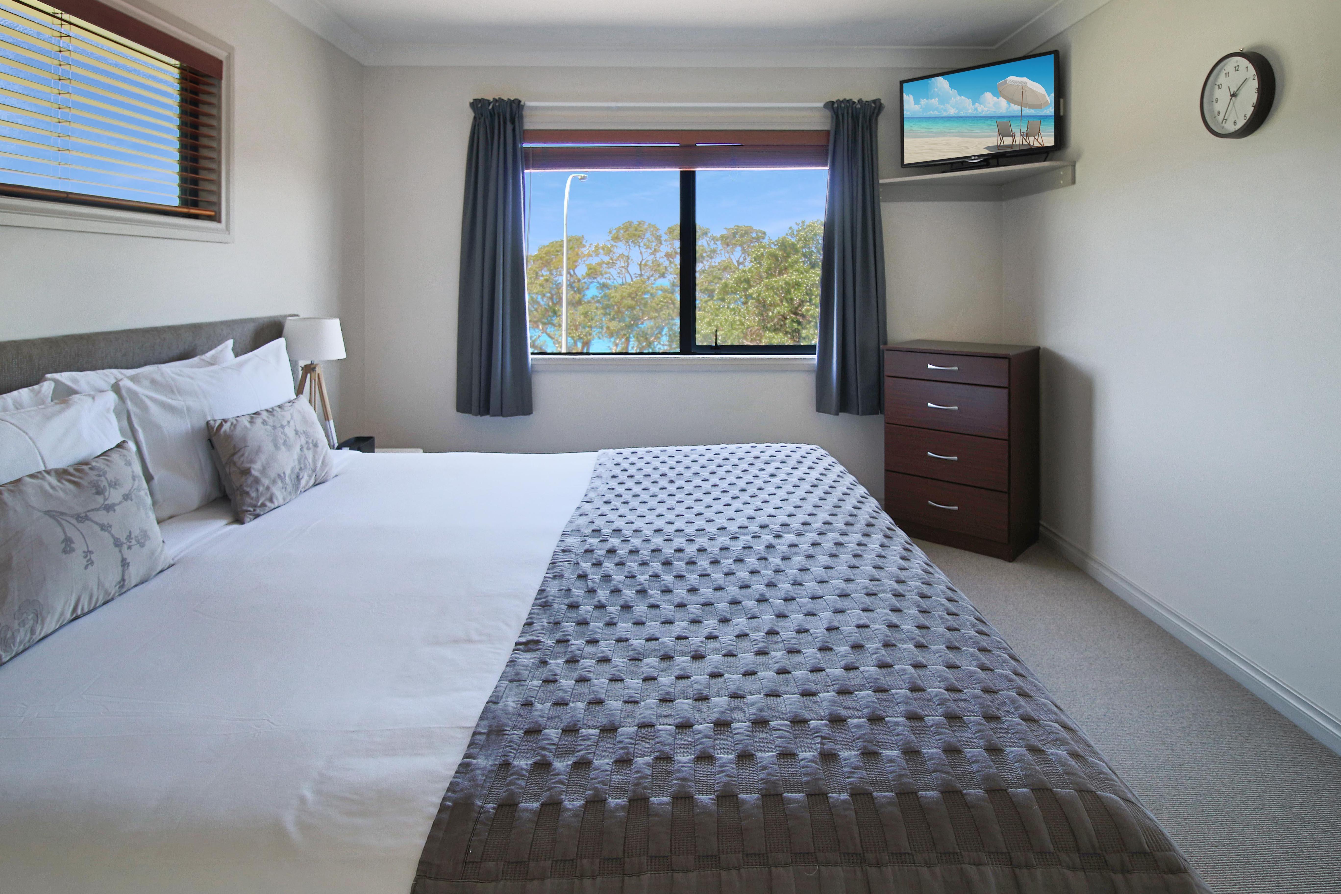Stay Longer & Save Whangaparaoa Lodge